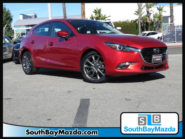 Certified Pre-Owned 2018 Mazda3 5-Door Grand Touring Auto